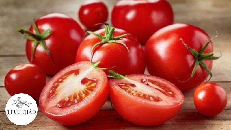 Cà chua là loại thực phẩm giàu vitamin, quen thuộc đối với mọi người