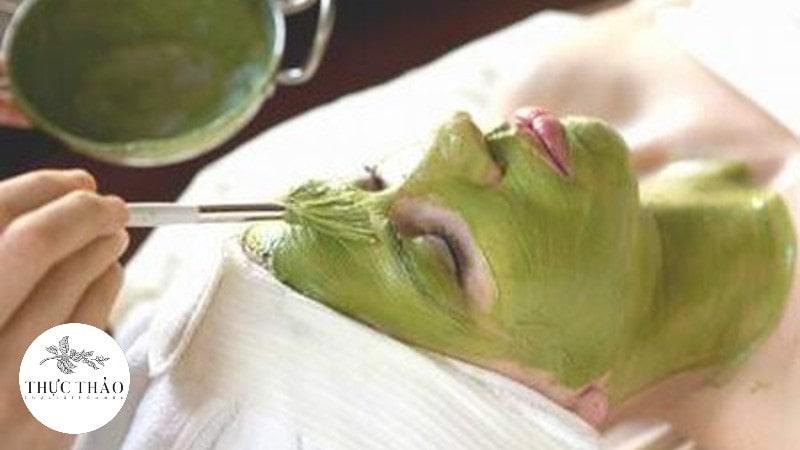 Mặt nạ từ rau má giúp hỗ trợ điều trị sẹo