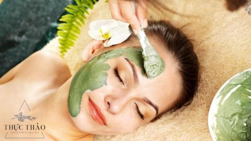 Mặt nạ từ lá neem giúp loại bỏ mụn viêm, kháng khuẩn, kiềm nhờn