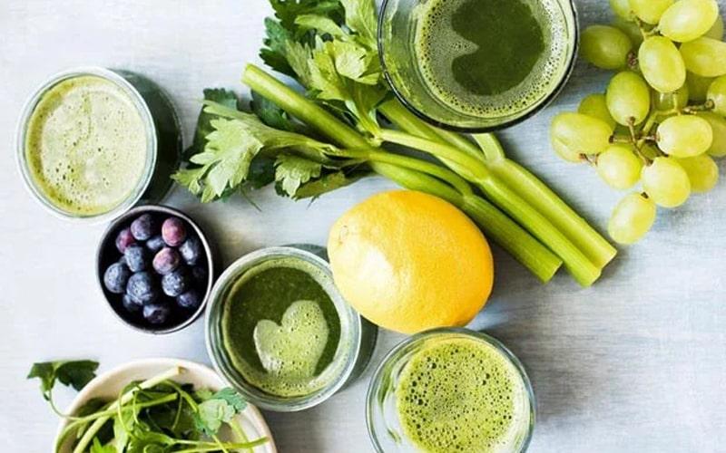 Nước ép từ cần tây cùng các loại trái cây khác giảm cân an toàn hiệu quả