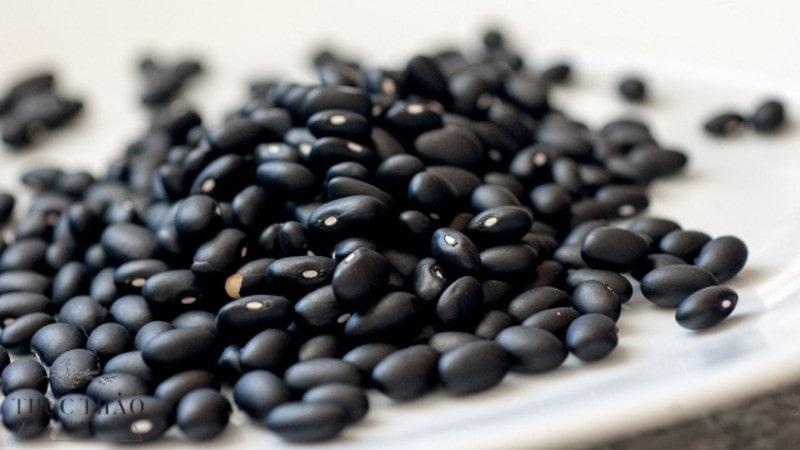 Đậu đen là loại hạt được sử dụng rộng rãi trong đời sống hằng ngày