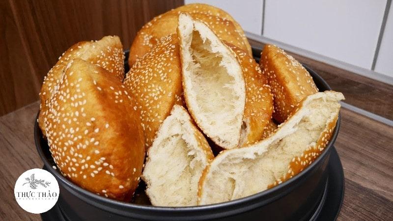 Để tạo được độ tơi xốp cho bánh tiêu không thể thiếu Baking Powder